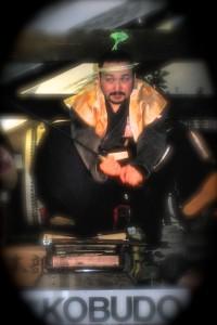Soke Grand Master Tsuji demonstrates incredible Flying Swords © SamuraiAcademy.org